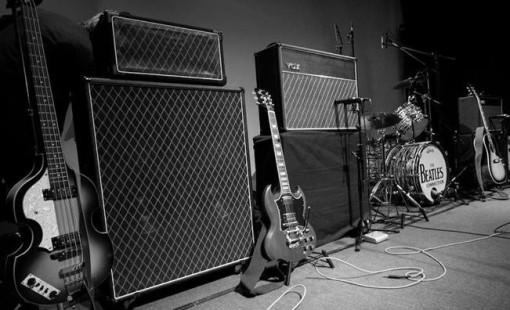Instrumente von The Beatles Connection Foto Thomas Sasse Dirk Ballarin Music