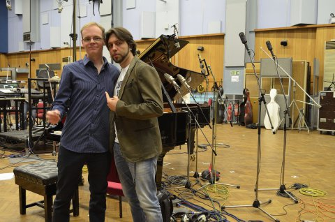 Dirk Ballarin zusammen mit dem pianisten Alberto Pizzo (Italien) im Abbey Road Studio One in London, UK Juni 2015