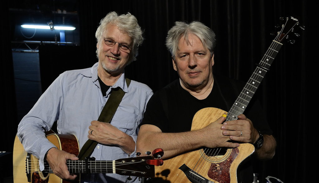 David Knopfler and Harry Bogdanovs (Photo: Dirk Ballarin, September 2015)